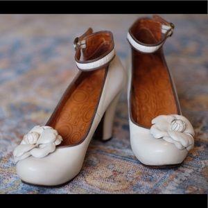 Chie Mihara cream platform bridal heel- size 39